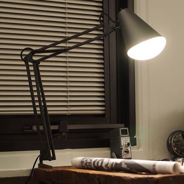 スネイル デスク アーム ライトaw-0369のイメージ画像1