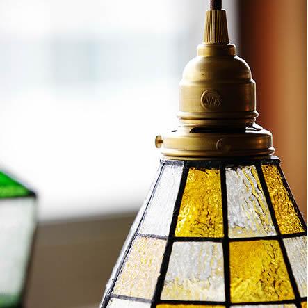 ステンドグラスペンダント チェッカー ライト 照明 aw-0371 優しくて懐かしいレトロな灯り led照明
