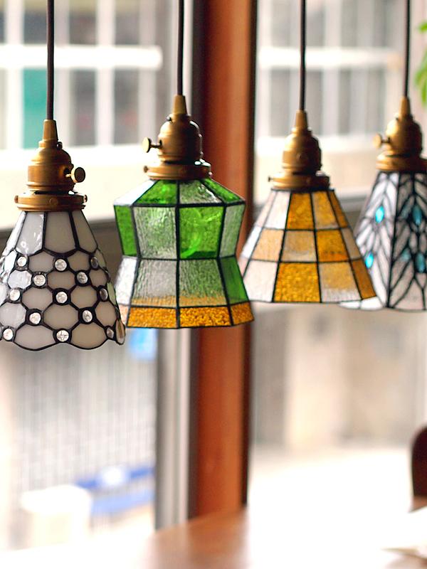 ステンドグラスペンダント ドッツ ライト 照明 aw-0373 優しくて懐かしいレトロな灯り led照明