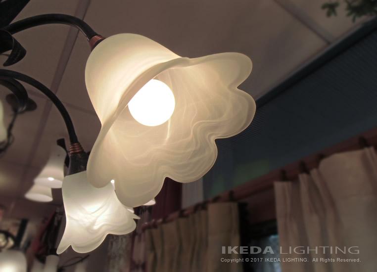 イタリア製シャンデリア照明イメージ画像
