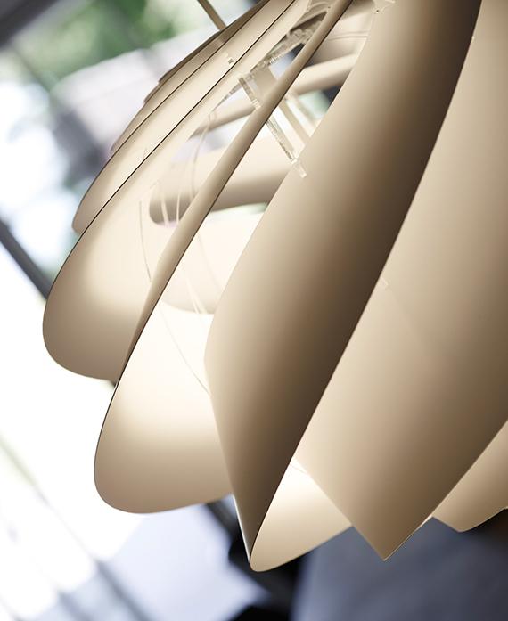 レ・クリント swirl スワール 1 ペンダントランプ 照明イメージ